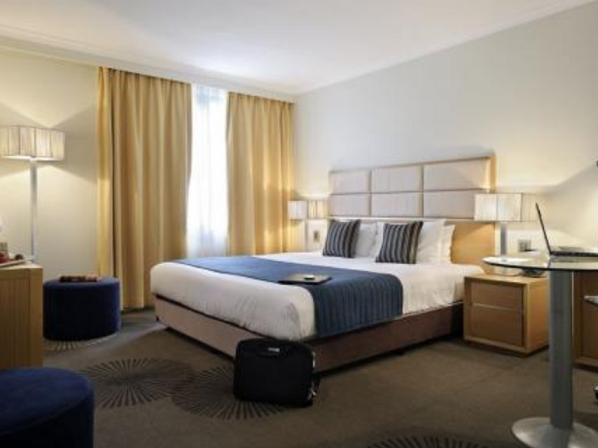 Clarion Hotel on the Park Clarion Hotel on the Park